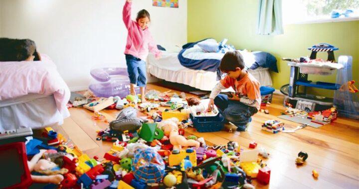 Vì sao trẻ không chịu dọn dẹp sau khi chơi dù bố mẹ đã dặn?